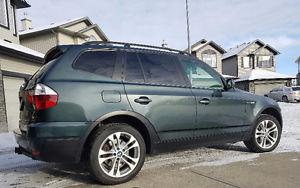 BMW X3 3.0si AWD LOADED! Must see!