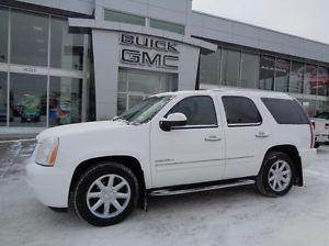 GMC Yukon ACCIDENT FREE SINGLE OWNER LOCALLY OWNED AND