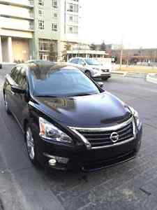 Nissan Altima Sedan, 3.5 Engine SV V6!