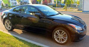 Infiniti G35x Premium Coupe (2 door)