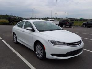 Chrysler 200 LX 4 PORTES BLUETOOTH AIR CLIMATISn++E