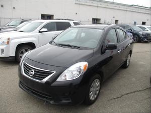Nissan, Versa