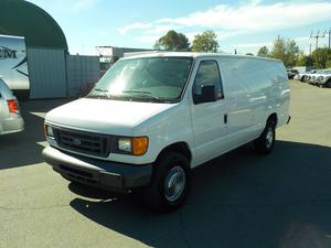 Ford Econoline E-350 Super Duty Extended Cargo Van