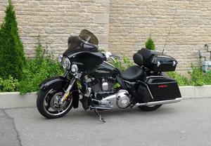 Harley Davidson FLHX Street Glide