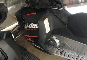 Ski Doo Renegade Sport 600