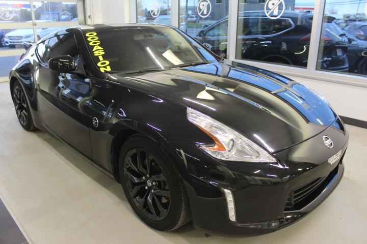 Nissan 370Z MANUELLE AIR CLIMATISÉ AUTOMATIQUE