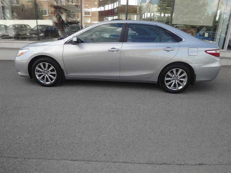 Toyota Camry XLE CUIR, NAVIGATION