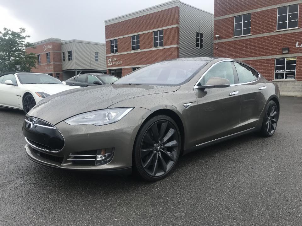 Tesla S 90D AWD
